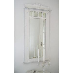 Witte landelijke spiegel