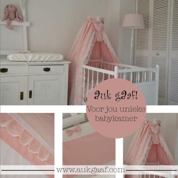"""Babykamer aankleding roze met kant """"Menno"""""""