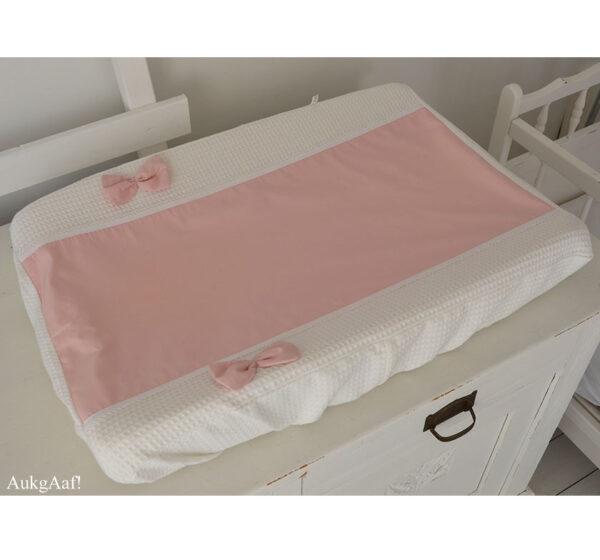 "Aankleedkussenhoes roze met kant ""Menno"""