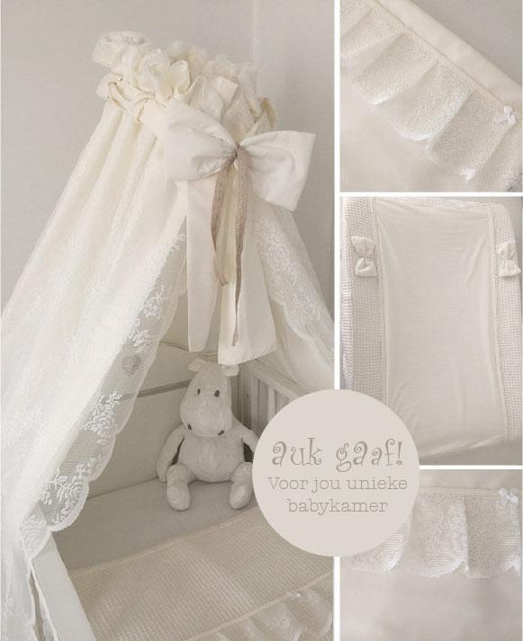 """Aankleding babykamer met kant off white """"Laurel"""""""