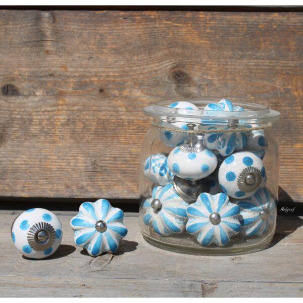 "Knopjes wit blauw ""Teun"""
